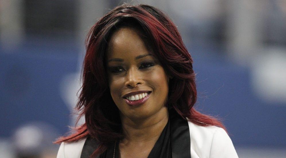 Pam Oliver sportscaster