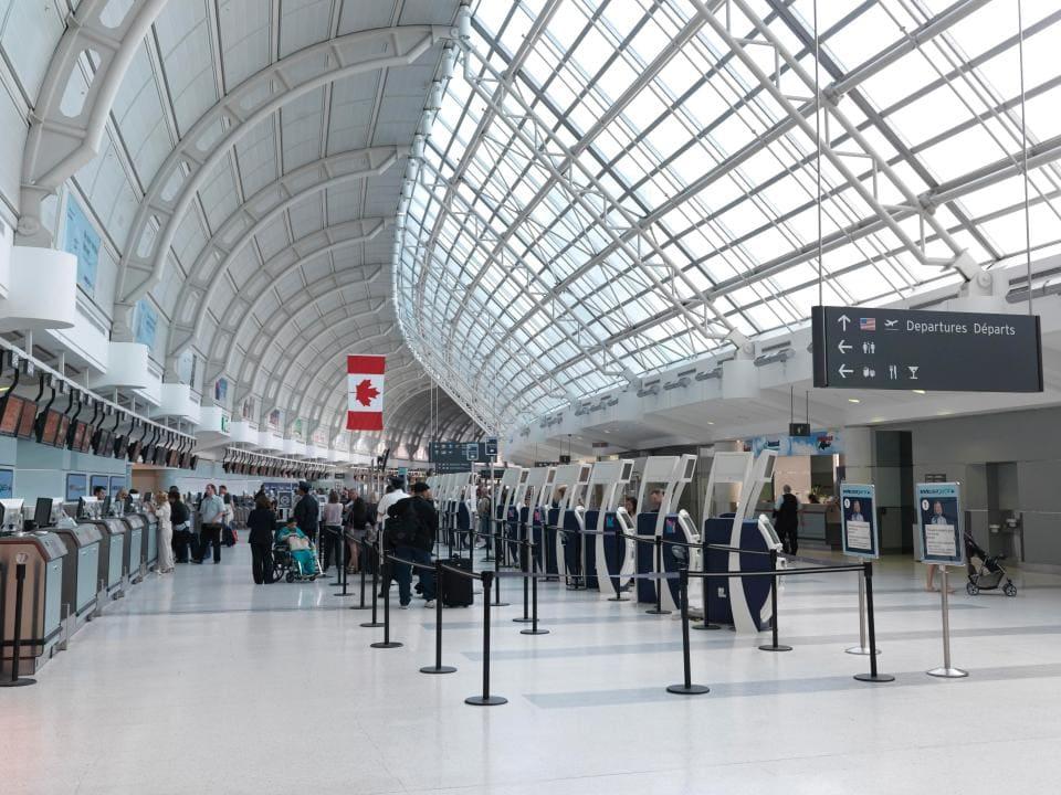Backpacker Canada