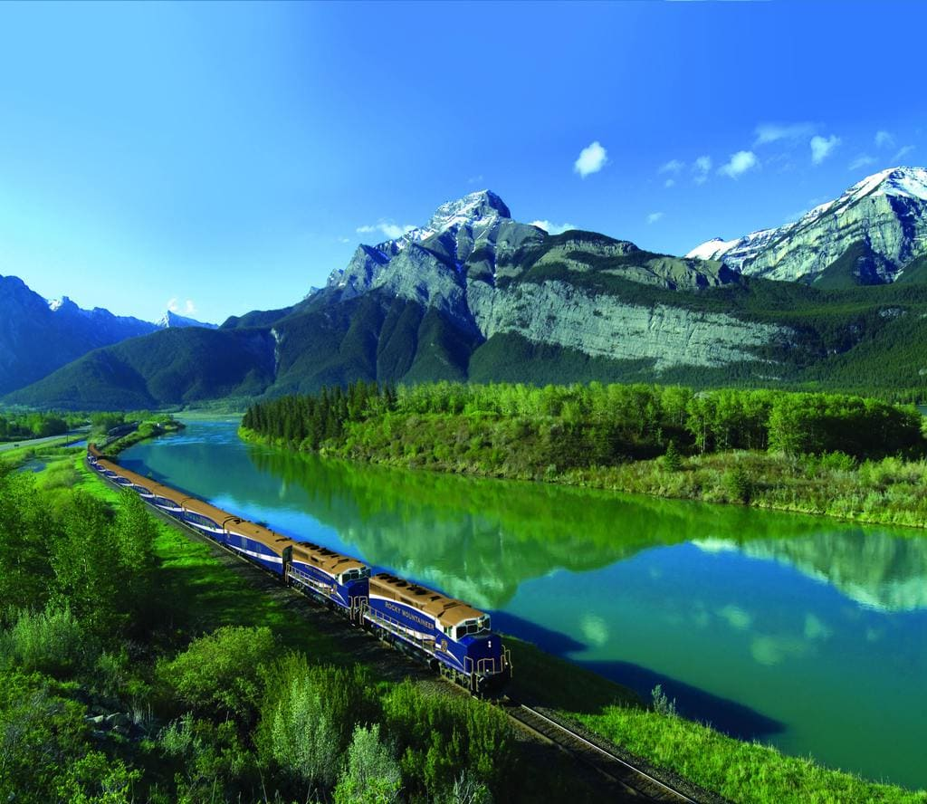 train - The Rocky Mountaineer