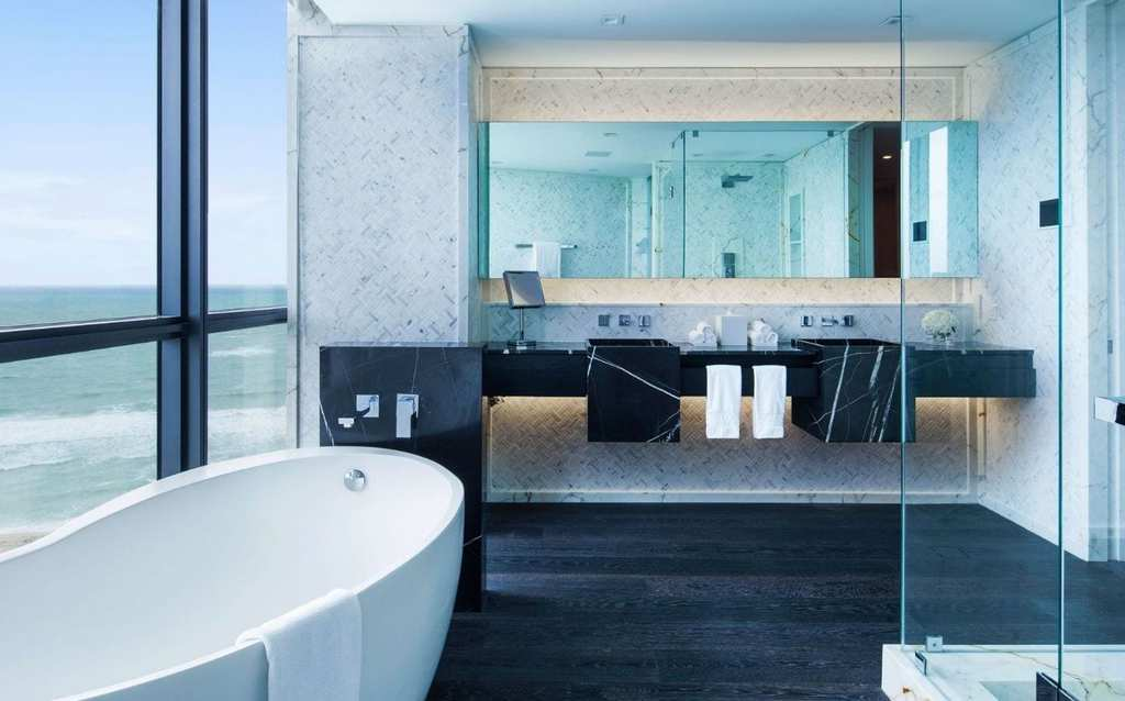 E-Wow-Bathroom-1600x900