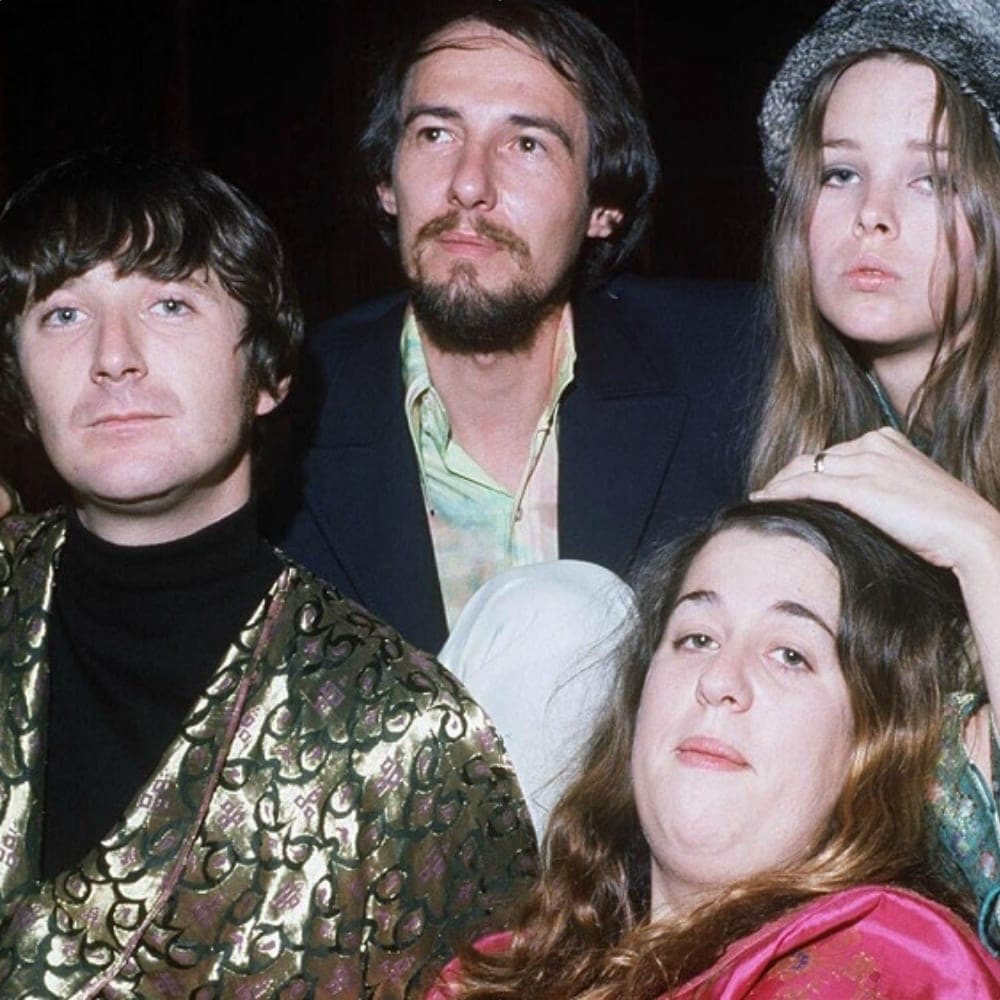 Behind-the-Scenes Secrets About The Mamas & The Papas