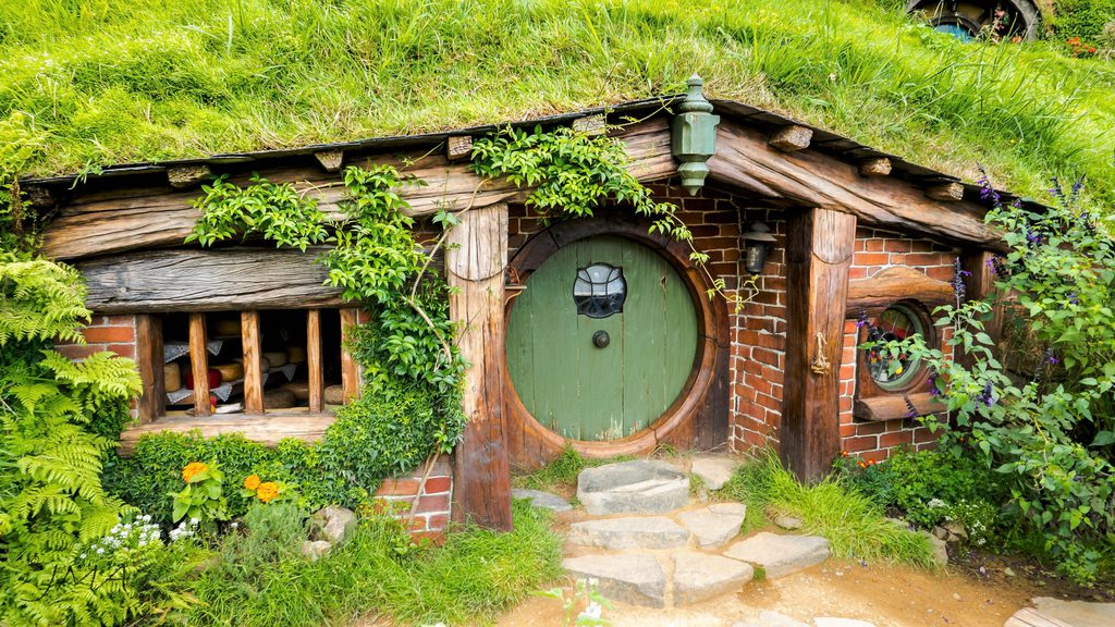 One of the many life-size Hobbit houses on the Hobbiton Movie Set in New Zealand